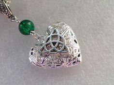 Outlander coeur collier collier de noeud par LunaSparksBoutique