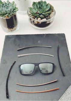 Variieren Sie Ihren Stil mit der minimalistischen Rodenstock Brille R8010 mit austauschbaren Bügeln. Buchenholz verleiht eine warme Note, Horn veredelt jedes Outfit, Aluminium gibt einen technischen, coolen Look.