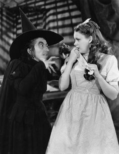 Margaret Hamilton as the Wicked Witch of the West (left) and Judy Garland as Dorothy Gale (right) in the 1939 MGM feature film The Wizard of Oz. Margaret Hamilton, Metro Goldwyn Mayer, Wizard Of Oz 1939, Wicked Witch, Wizard Of Oz Witch, Judy Garland, The Wiz, Classic Movies, Old Hollywood