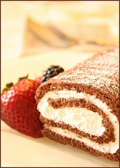 chocolate roulade recipe Idk what this is but it looks pin worthy