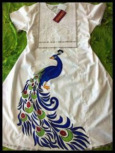 Color yor dreams n memories with avanthika, whatsapp to or email to avanthikamural. Fabric Colour Painting, Dress Painting, T Shirt Painting, Fabric Art, Fabric Painting On Clothes, Saree Painting Designs, Fabric Paint Designs, Fabric Design, Hand Painted Sarees