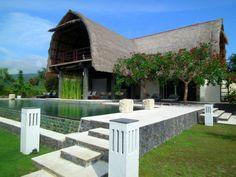 Lovina luxury holiday rental, Lovina Beachfront | Amazing Accom Lovina Bali, Bali Luxury Villas, House By The Sea, Luxury Accommodation, Luxury Holidays, Outdoor Furniture Sets, Outdoor Decor, Renting A House, Pergola