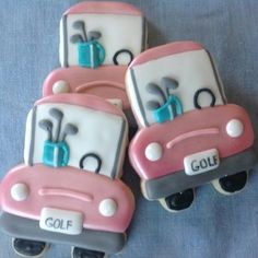 Cutest Golf carts made with sweetsugarbelle school bus cutter. Golf Cookies, Iced Cookies, Cute Cookies, Royal Icing Cookies, Cupcake Cookies, Cupcakes, Sports Themed Cakes, Summer Cookies, Galletas Cookies