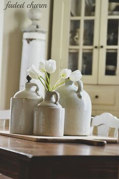 stoneware jugs | collectibles + home decor Modern Farmhouse Decor, Farmhouse Furniture, Rustic Decor, Types Of Furniture, Furniture Decor, Western Centerpieces, Country Dining Rooms, Country Living, Food Photography Props