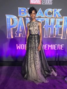 Letitia Wright at the Black Panther premiere Black Panther Pics, Black Panther Movie 2018, Panther Pictures, Black Panther Marvel, Letitia Wright, Purple Carpet, Red Carpet, Dc Movies, Marvel Actors