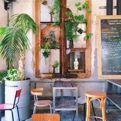 La Recyclerie, Paris Parc Floral, Restaurant 2, Coffee Places, Paris Map, Green Rooms, Greens Recipe, Hostel, Deco, Store Design