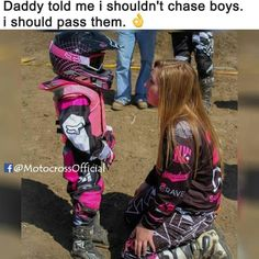 this is gonna be me and my baby girl one dayy cannot wait till that day to teach them everything i know and to have that bond with them :) Biker Chick, Biker Girl, Dirt Bike Quotes, Dirt Bike Gear, Dirt Biking, Motocross Girls, Fox Racing, Dirtbikes, Bike Life