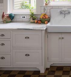 Wooden Kitchen, Kitchen And Bath, New Kitchen, Inside Cabinets, Upper Cabinets, Big Refrigerator, Vintage Kitchen Appliances, Narrow Cabinet, Bungalow Kitchen