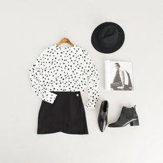 Dot Round Neck Blouse, Tulip Shape Skirt, Chelsea Boots and Kinfolk Magazine.
