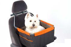 家族みんなでドライブされる方が増えております。ケージに入れたりキャリーに入れたりすることは安全上良いのですが、愛犬にも座席に座って家族みんなの会話や車窓を楽しんでもらえるような作りのシートに装着できるタイプの箱型キャリーです。 Carry Bag, Plastic Laundry Basket, Bags, Handbags, Taschen, Purse, Purses, Totes