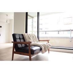 87さんの、リビング,Francfranc,カリモク60,無垢の床,リノベーション,白が好き♡,珪藻土の壁,ミニマリスト,株式会社OKUTA,カフェのような空間を目指したい,のお部屋写真