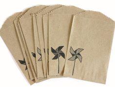 25 Hand Stamped Pinwheel Kraft Bitty Bags by BahanaSplitsBoutique, $10.50