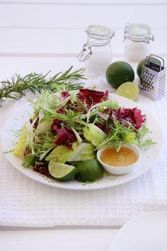 Avocado Toast, Cobb Salad, Cabbage, Salads, Lime, Vegetables, Breakfast, Kitchen, Cold