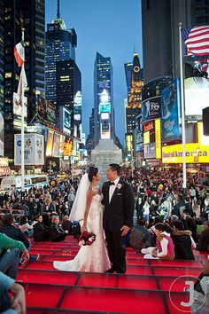 Times Square Wedding Photo Weddinginvitations