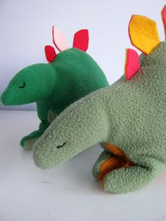 we wilsons: Two Patterns: Dog and Stegosaurus