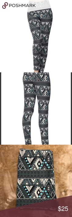 *NEW* Buttery Soft Tribal Print Leggings NWT One size Fits Most 0-12 Tribal Print in colors Grey, White & Blue Comfort stretch, very soft 92% polyester 8% spandex Machine or hand wash Pants Leggings
