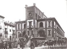 Turoliense: Antiguo Mercado de Teruel San Francisco Ferry, Past, Louvre, How To Plan, Buildings, Travel, 3d, Image, Drawings