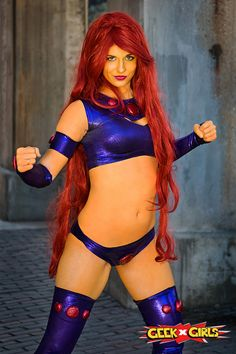 Spectacular Starfire Cosplay - Project-Nerd
