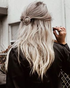 Half up hairstyle for women with medium length thin hair. Moon hair accessorie.