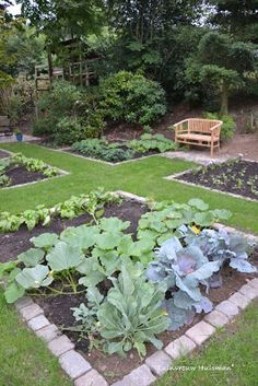 Potager, vegetable garden with grass paths – natural playground ideas Indoor Vegetable Gardening, Vegetable Garden For Beginners, Vegetable Garden Design, Inexpensive Landscaping, Backyard Landscaping, Country Landscaping, Building A Raised Garden, Lawn And Garden, Garden Grass
