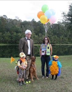 Virtual Halloween Costume Parade.  All are DIY handmade costumes.....and so adorable!! :) www.make-loveit.com