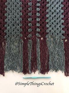 Ravelry: Misty Morning Poncho Top pattern by Tia Edwards Crochet Twist, Quick Crochet, Love Crochet, Simple Crochet, Beginner Crochet Tutorial, Crochet Patterns For Beginners, Crochet Afgans, Crochet Poncho Patterns, Poncho Tops