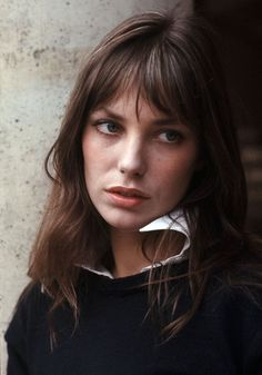 Classic looks like this one worn by style icon Jane Birkin were a source of inspiration for our new French Terry Sweatshirt. How will you wear yours? Jane Birkin, Hair Inspo, Hair Inspiration, A Well Traveled Woman, Charlotte Gainsbourg, Serge Gainsbourg, Grunge Hair, My Hair, Beautiful People