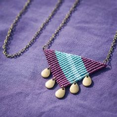 Micro-Macrame Triangle Prune Necklace by OuiClementine on Etsy Macrame Bracelet Patterns, Macrame Earrings, Macrame Jewelry, Fabric Jewelry, Macrame Bracelets, Handmade Bracelets, Handmade Jewelry, Wire Jewelry, Macrame Art