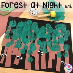 Forest at night art for a Nocturnal Animals theme in preschool, pre-k, or kindergarten. preschool Nocturnal Animals Activities and Centers for Little Learners Forest Animal Crafts, Forest Animals, Woodland Animals, Arte Elemental, Nocturnal Animals, Forest Art, Dark Forest, Animal Habitats, Preschool Activities