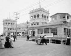 Youngs Million Dollar Pier1905 Vintage 8x10 Reprint Of Old Photo