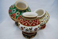 Janmashtami Decoration Ideas Home Diy Kalash Decoration, Thali Decoration Ideas, Diy Diwali Decorations, Festival Decorations, Pottery Painting Designs, Paint Designs, Art N Craft, Craft Work, Bottle Art