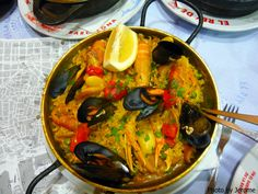 #Portuguese Cataplana dish.  Freshest seafood and traditional regional receipts, varying in different areas! Wow only this worth travelling I must confess