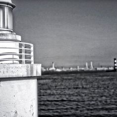 【donish2】さんのInstagramをピンしています。 《the Sea #monochrome #monotone #mono #bw #ig_bw #bnw_of_our_world #bw_lover #bnw_lover #bw_society #bnw_society #sea #sky #lighthouse #yokohama #海 #シー #景観 #ライトハウス #灯台 #モノクローム #モノクロ #モノトーン #白黒》