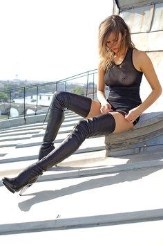 hzQueen/Her pet - fashion-boots: Kim Cloutier ...