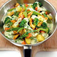 Chicken Pan with Vegetables Recipe WW Germany Weigt Watchers, Winter Vegetables, Vegetable Recipes, Pasta Salad, Carne, Potato Salad, Lunch, Dessert, Healthy