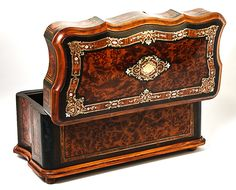 Antique French Napoleon III Era Burled & Boulle Chest, Box, Tea Caddy or Liqueur