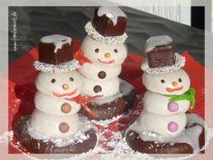 schneemann pfeffernüsse dominostein   Schneemänner aus Pfeffernüssen zum Verschenken