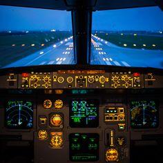 Ladies and gentleman we're landing in 3…2...1! - Night Flight - Croatia Airlines