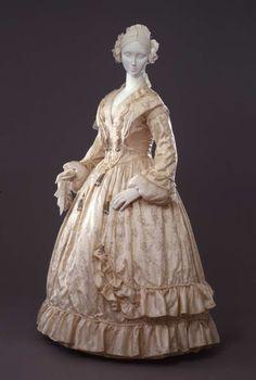 Dress ca. 1842-45 From the Galleria del Costume di Palazzo Pitti via Europeana Fashion