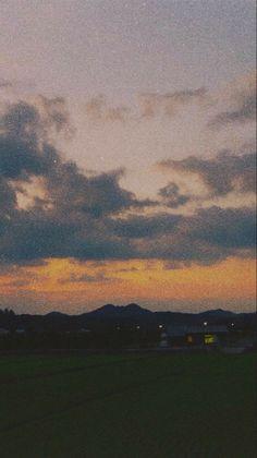 Iphone Background Wallpaper, Scenery Wallpaper, Galaxy Wallpaper, Aesthetic Pastel Wallpaper, Aesthetic Backgrounds, Aesthetic Wallpapers, Images Esthétiques, Pretty Sky, Summer Wallpaper