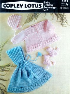 Baby QK 8ply Cape Matinee Jacket Bonnet & Bootees por avintagescot