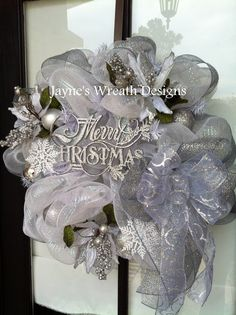 Christmas wreath in White & Silver