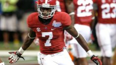 Alabama WR Bell wears championship rings to cope with offseason boredom