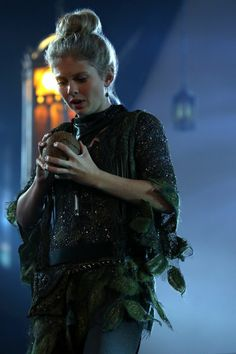 Tink believed :D >> Episode 311: Going Home Once Upon a Time Season 3 Pictures & Character Photos - ABC.com