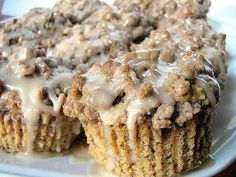 Streusel coffee muffins with maple glaze just like Costco muffins! + lots of other muffin recipes