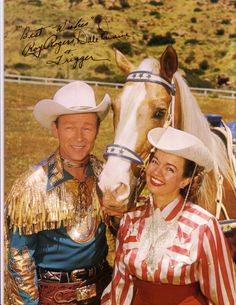 HAPPY TRAILS TO YOU - Roy Rogers & 'Trigger' with Dale Evans