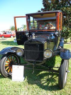 1915 Ford Model T Center Door