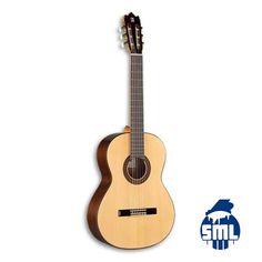 Guitarras clássicas Alhambra, vários modelos e preços. Venha ao Salão Musical de Lisboa escolher a sua guitarra clássica.