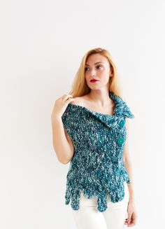 FREE Game of Thrones Pattern  http://www.thesewingboxmag.com/en/2017/07/17/game-of-thrones-pattern-winter-is-coming/