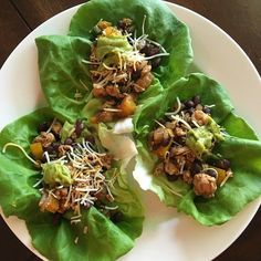 TBT: To this Super Simple Dinner I made last week and totally forgot to share! Ground turkey sautéed veggies black beans and topped with some cheese and guac for the perfect #tacotuesday dinner!!!  Best part was it made super yummy leftovers!! I'm all about the leftovers for saved time and money  #TBT #groundturkey #lettucewraps
